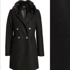 b13370009c7b1 Topshop Jackets   Coats - Topshop Naomi Faux Fur Collar Coat US Size  6